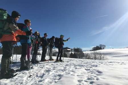 Sortie raquette : découverte des belvédères et des lacs avec Lucas Humbert